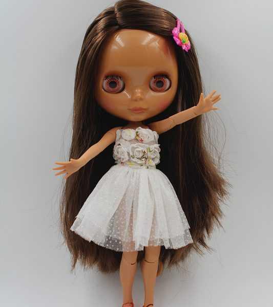 Nela Blythe Doll Brown Playful