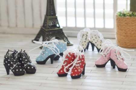 Blythe Blythe Doll Shoes https://www.thisisblythe.com/blythe-doll-shoes/