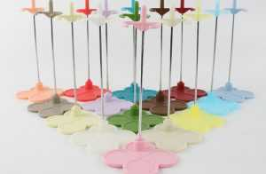 Blythe Doll Stand Random Colors