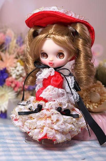 Petite Blythe 1