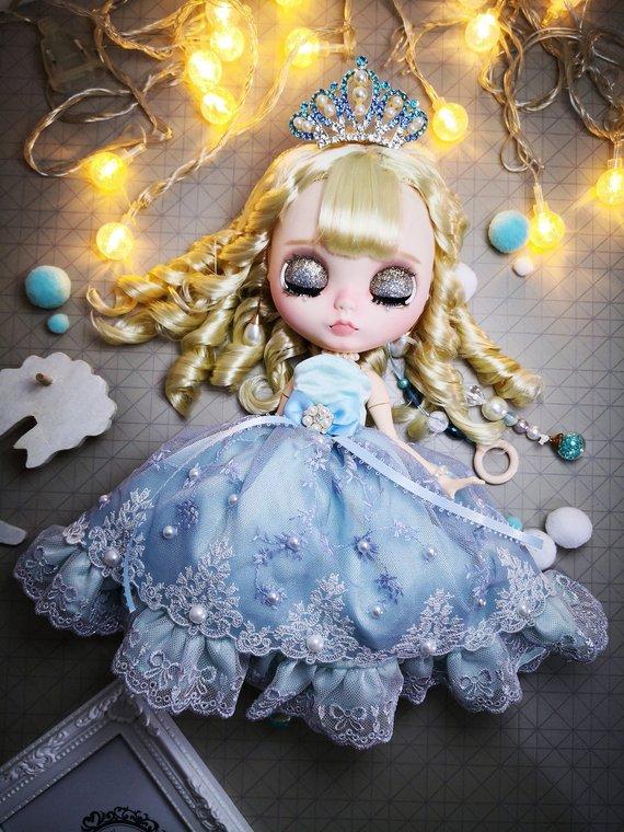 Ella - Custom Blythe Doll One-Of-A-Kind OOAK Sold-out Custom Blythes