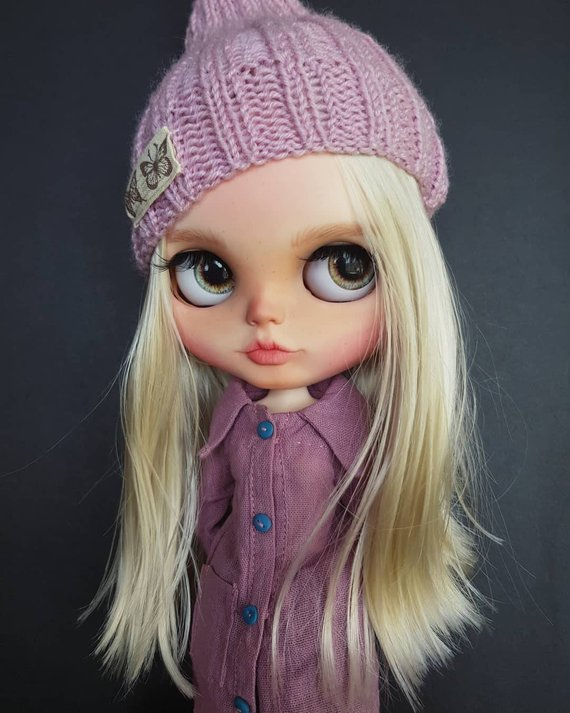 Cassey - Custom Blythe Doll One-Of-A-Kind OOAK Sold-out Custom Blythes