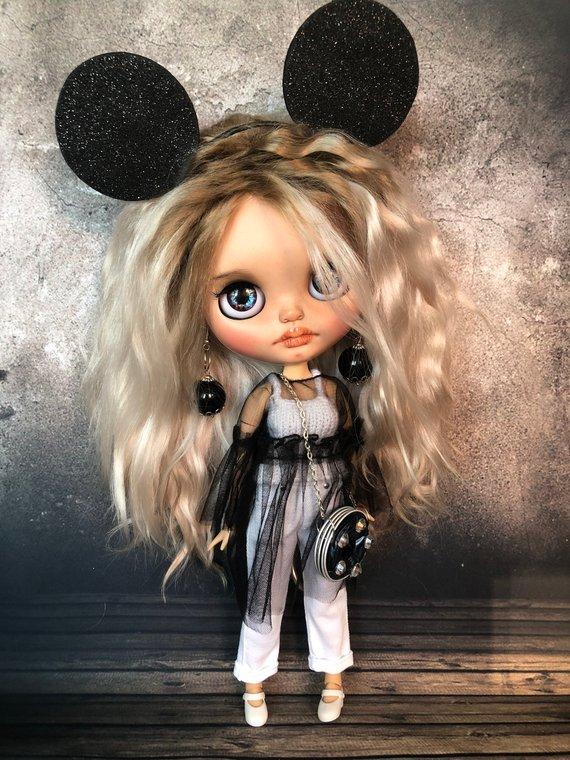 Pelageya – Custom Blythe Doll One-Of-A-Kind OOAK Sold-out Custom Blythes