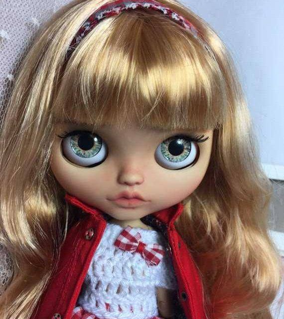 Sonia – Custom Blythe Doll One-Of-A-Kind OOAK