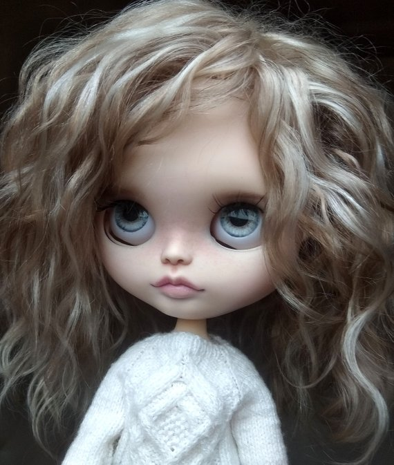 Lesly - Custom Blythe Doll One-Of-A-Kind OOAK Sold-out Custom Blythes