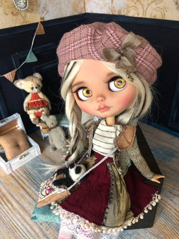 Julie - Custom Blythe Doll One-Of-A-Kind OOAK Sold-out Custom Blythes