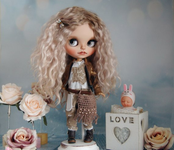 Paula - Custom Blythe Doll One-Of-A-Kind OOAK Sold-out Custom Blythes