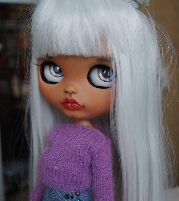 Aliza – Custom Blythe Doll One-Of-A-Kind OOAK