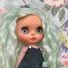 Theresa - Boneca Blythe personalizada OOAK