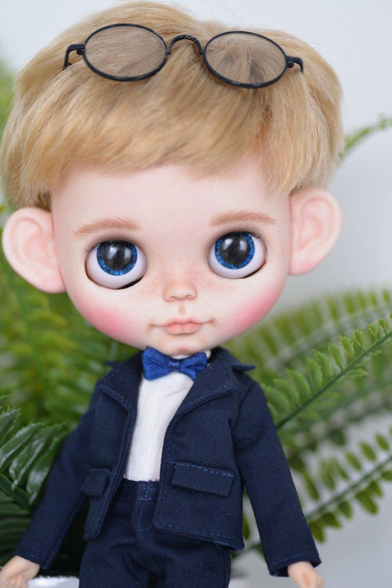Robin - Custom Blythe Doll One-Of-A-Kind OOAK Sold-out Custom Blythes