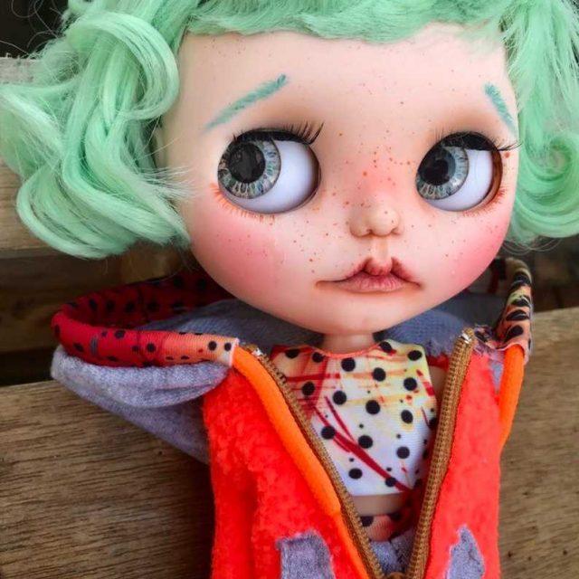 Madalynn - سفارشی Blythe عروسک OOAK