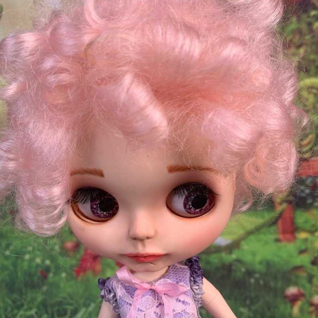 Lila – Custom Blythe Doll One-Of-A-Kind OOAK