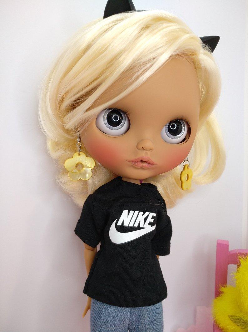 Sandy - Custom Blythe Doll One-Of-A-Kind OOAK Sold-out Custom Blythes