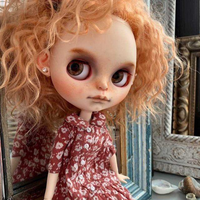 Vera – Custom Blythe Doll One-Of-A-Kind OOAK