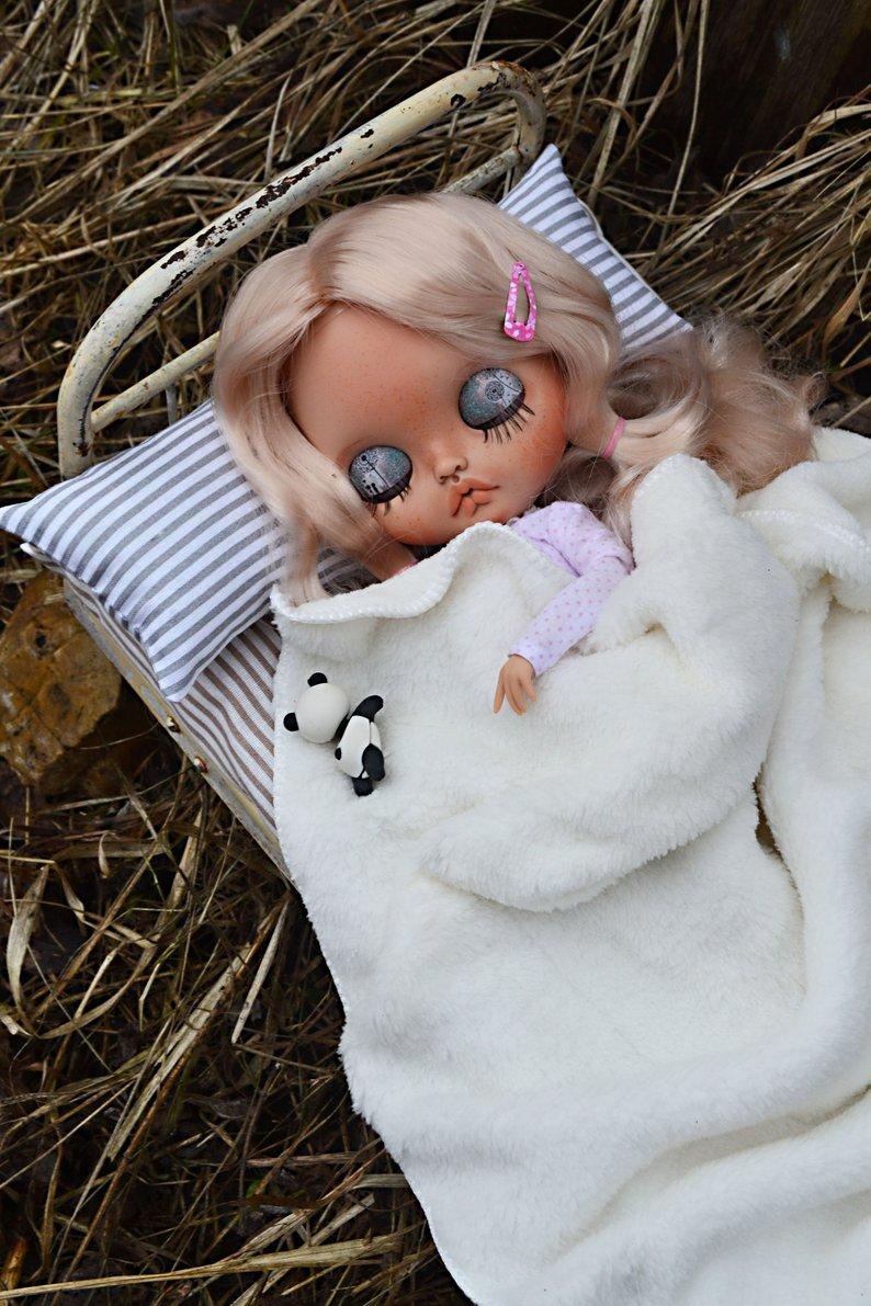 Hannah - Custom Blythe Doll One-Of-A-Kind OOAK Sold-out Custom Blythes