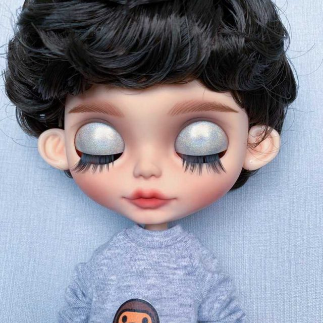 Ann – Custom Blythe Doll One-Of-A-Kind OOAK