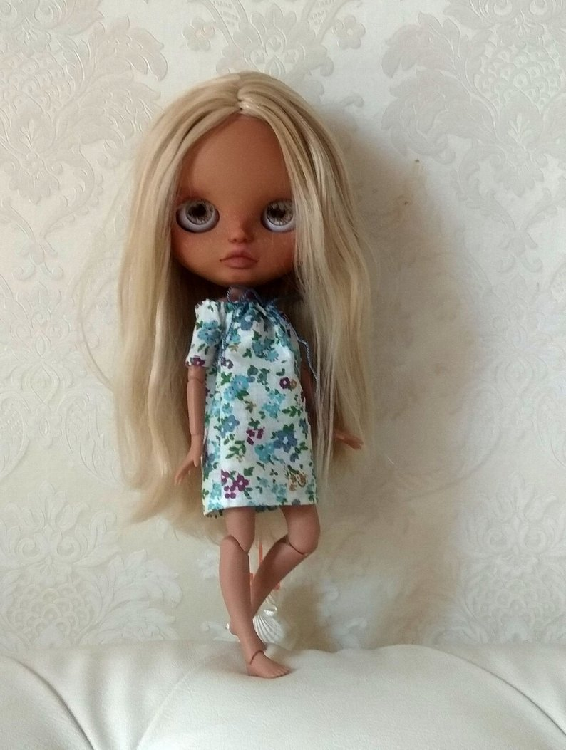 Laura - Custom Blythe Doll One-Of-A-Kind OOAK Sold-out Custom Blythes