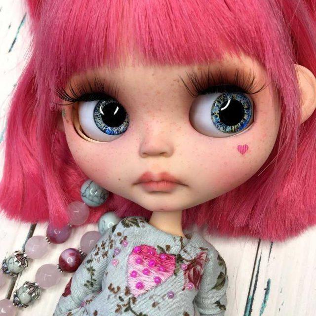 Sonya – Custom Blythe Doll One-Of-A-Kind OOAK