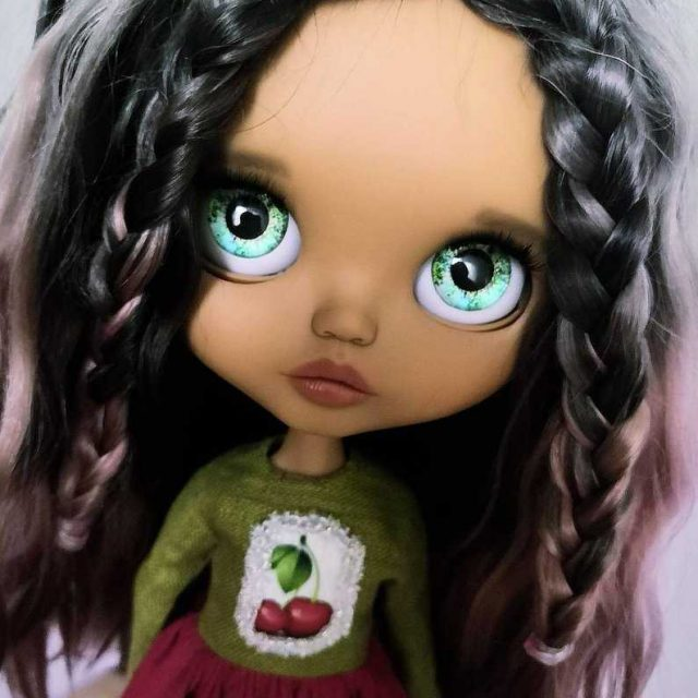 Kathryn – Custom Blythe Doll One-Of-A-Kind OOAK