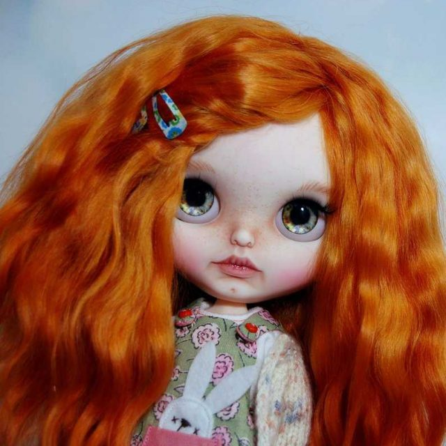 Holly – Custom Blythe Doll One-Of-A-Kind OOAK