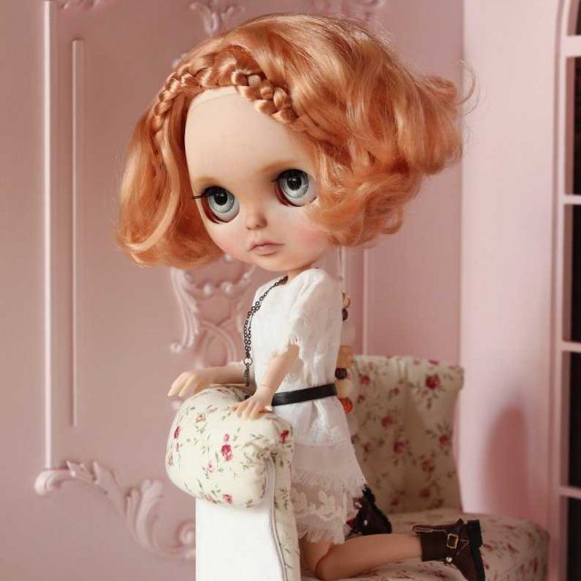 Cynthia – Custom Blythe Doll One-Of-A-Kind OOAK