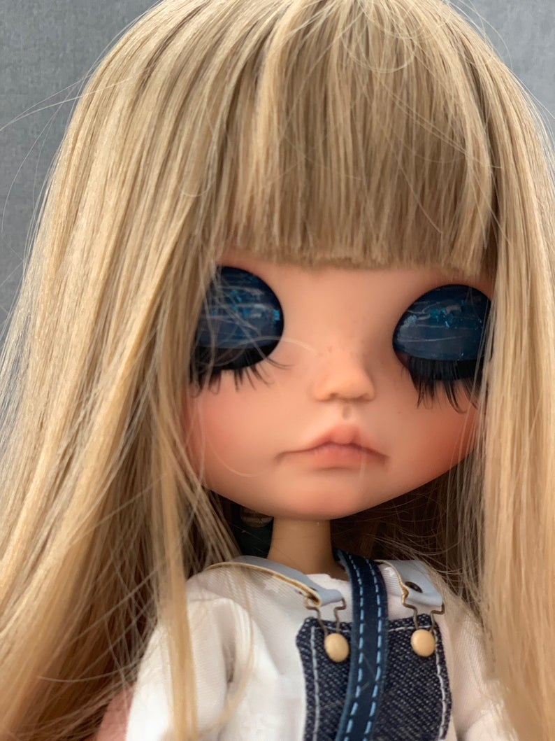 Mika - Custom Blythe Doll One-Of-A-Kind OOAK Sold-out Custom Blythes