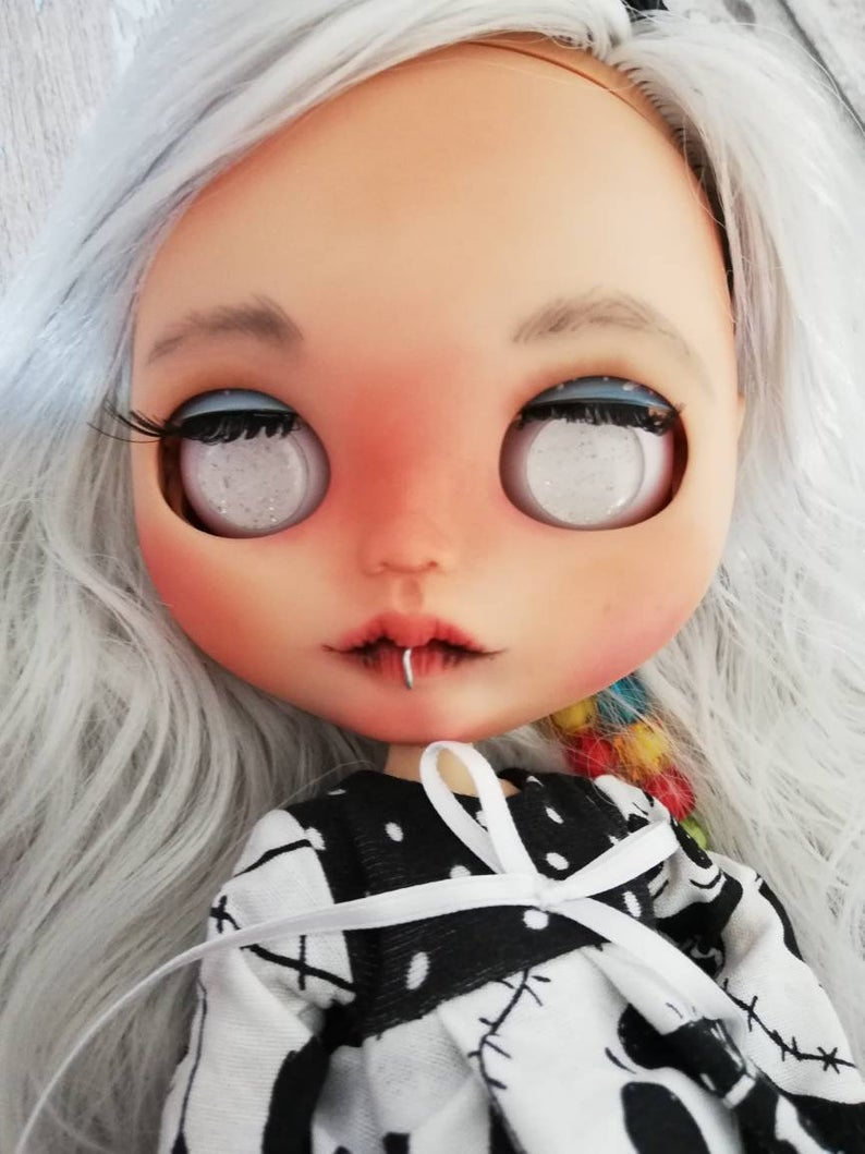 Juliette - Custom Blythe Doll One-Of-A-Kind OOAK Sold-out Custom Blythes