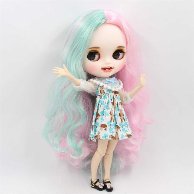 Lexy – Premium Custom Blythe Doll with Clothes Smiling Face
