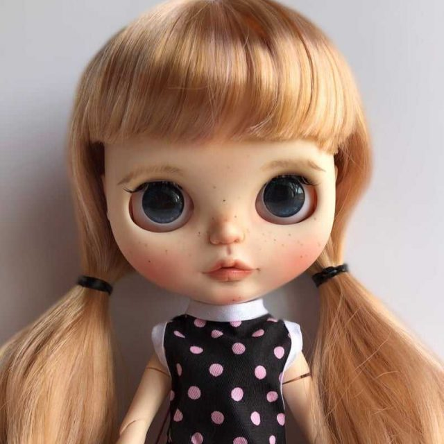 Carol – Custom Blythe Doll One-Of-A-Kind OOAK