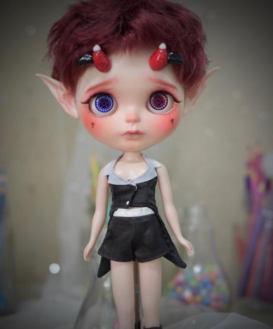 Dorrie - Custom Blythe Doll One-Of-A-Kind OOAK Sold-out Custom Blythes