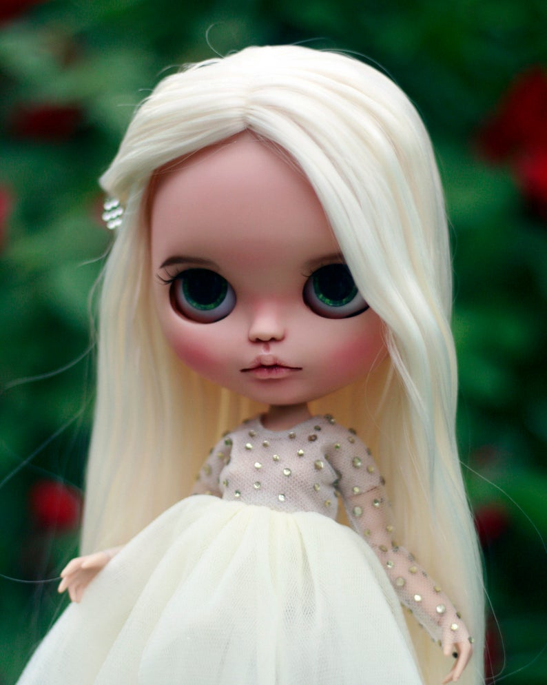 Page - Custom Blythe Doll One-Of-A-Kind OOAK Sold-out Custom Blythes