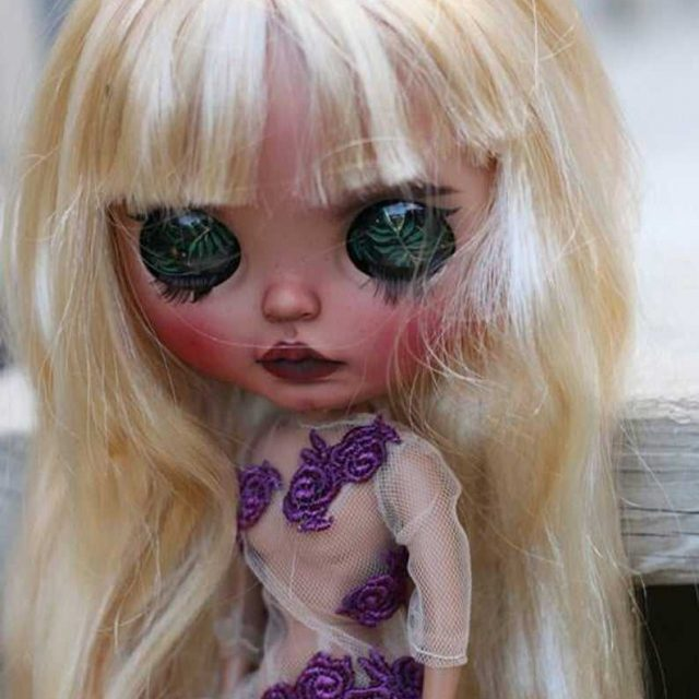 Ann – Custom Blythe Doll One-Of-A-Kind OOAK