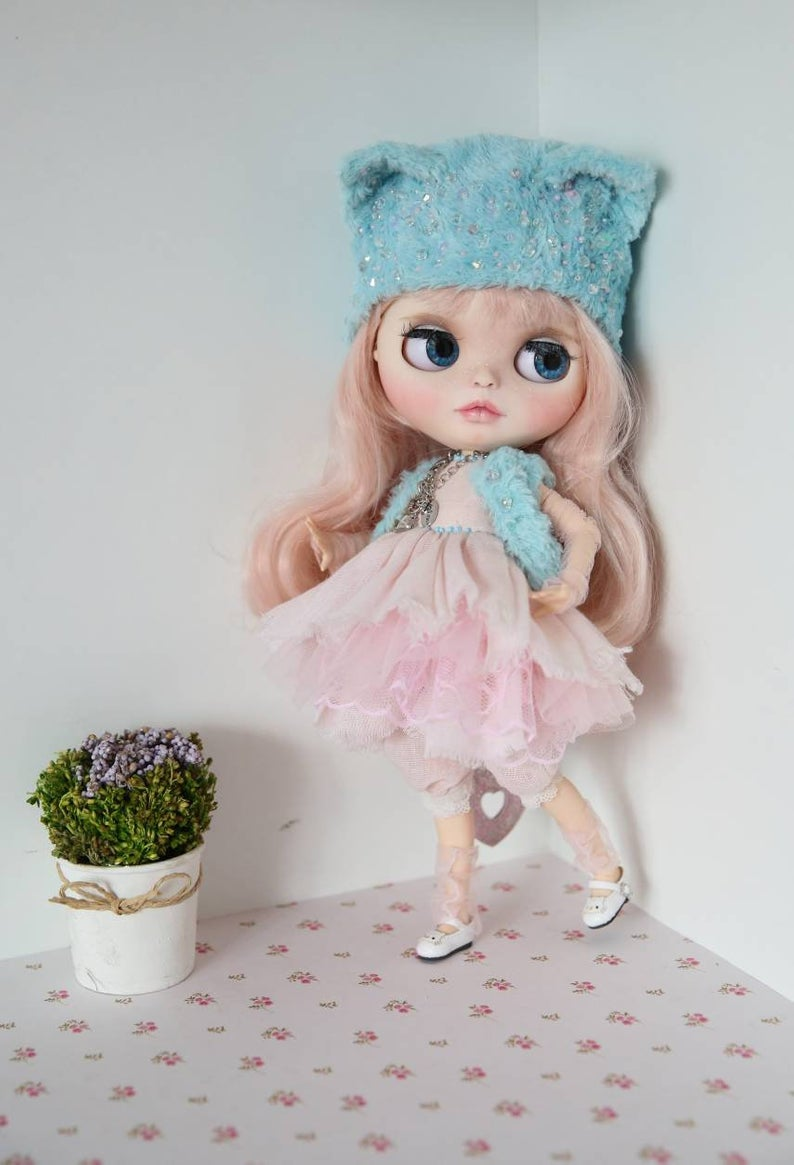 Winifred - Custom Blythe Doll One-Of-A-Kind OOAK Sold-out Custom Blythes