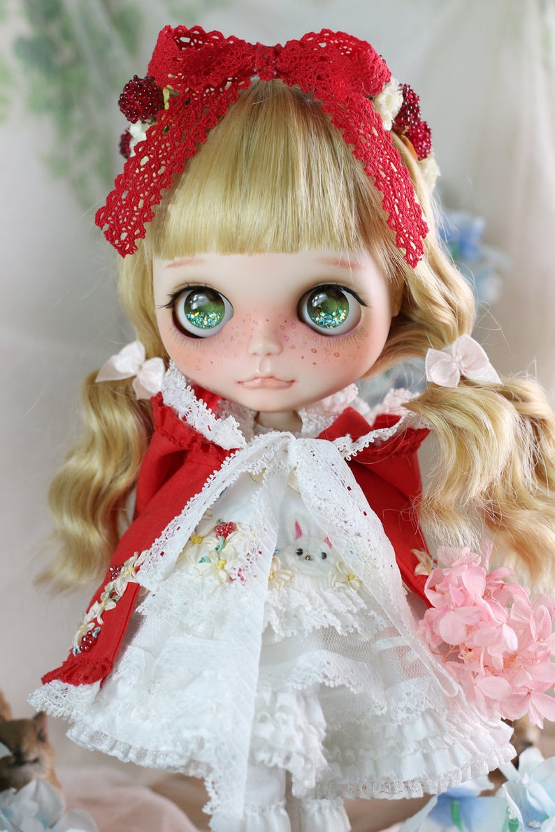 Vanilla - Custom Blythe Doll One-Of-A-Kind OOAK Sold-out Custom Blythes