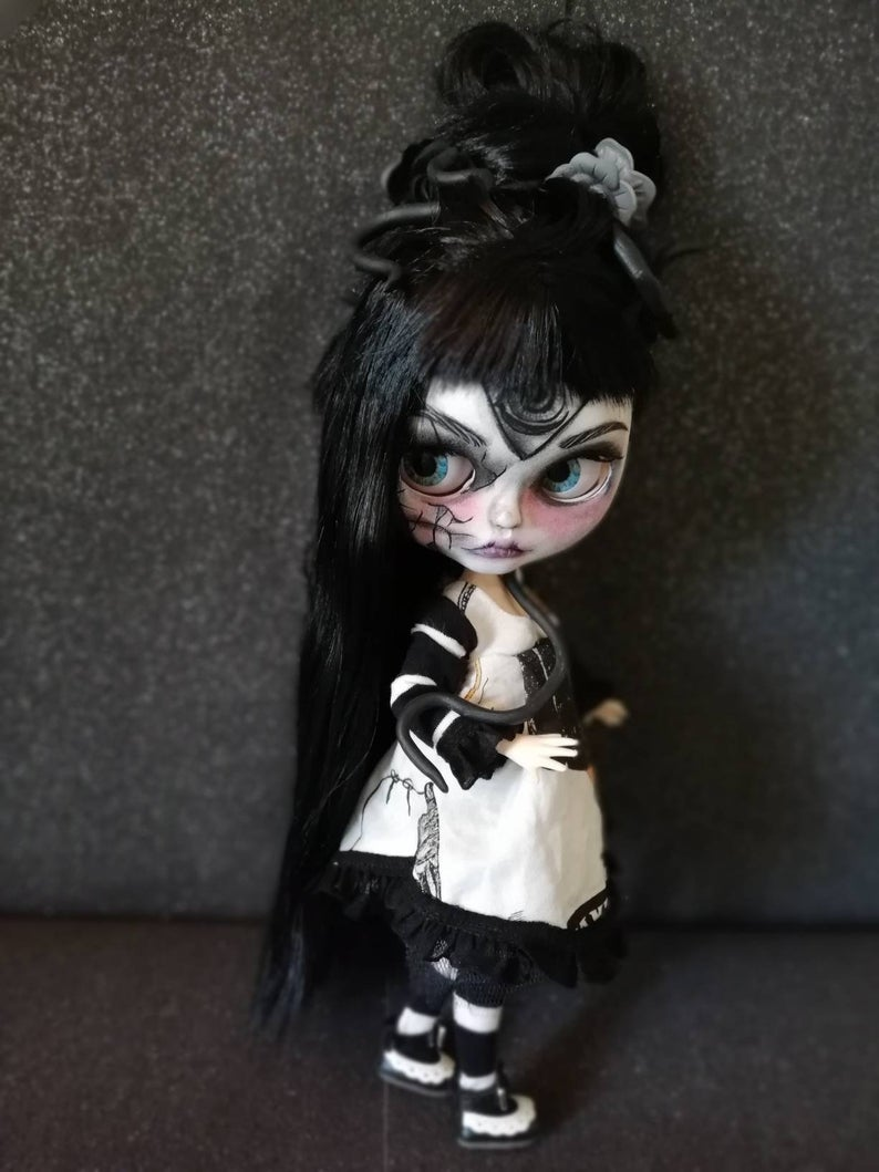 Medusa - Custom Blythe Doll One-Of-A-Kind OOAK Sold-out Custom Blythes