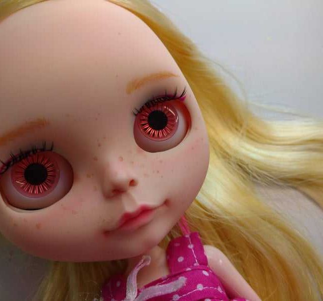 Delores – Custom Blythe Doll One-Of-A-Kind OOAK
