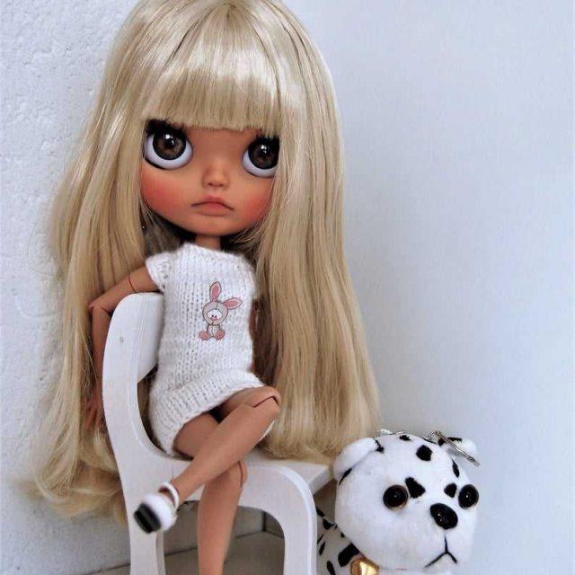 Olivia – Custom Blythe Doll One-Of-A-Kind OOAK
