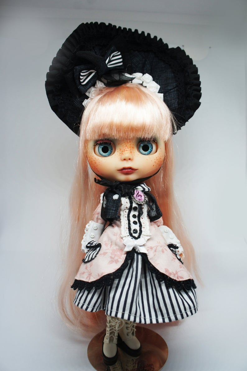 Loly - Custom Blythe Doll One-Of-A-Kind OOAK Sold-out Custom Blythes