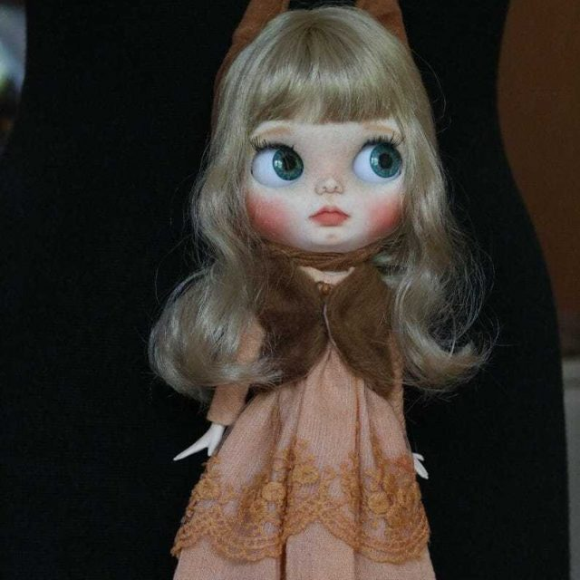 Mellisa – Custom Blythe Doll One-Of-A-Kind OOAK