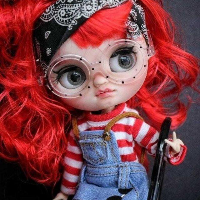 Zoe – Custom Blythe Doll One-Of-A-Kind OOAK