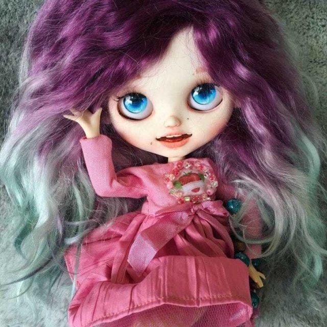 Keilani – Custom Blythe Doll One-Of-A-Kind OOAK