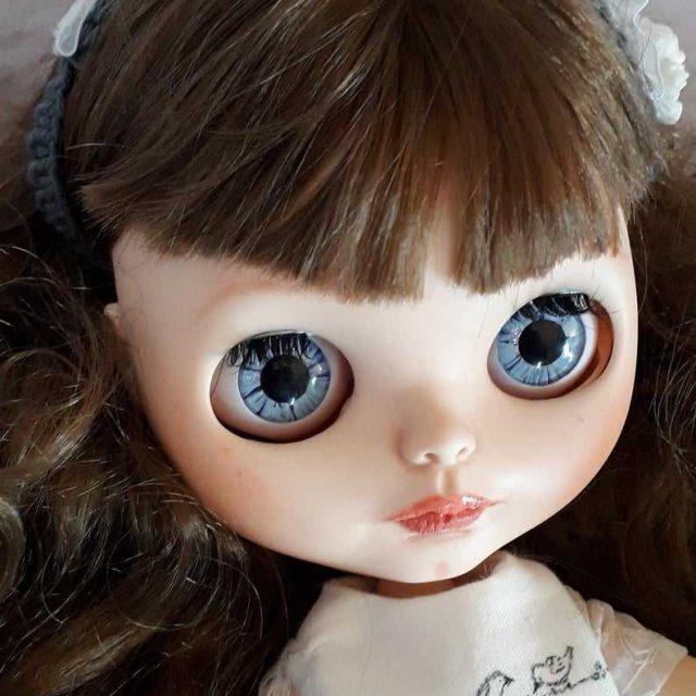 Rylee - בובת Blythe Custom Custom OOAK