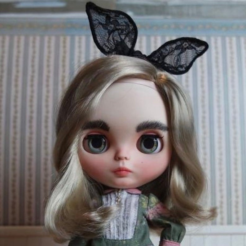 Cordelia - Custom Blythe Doll One-Of-A-Kind OOAK Sold-out Custom Blythes
