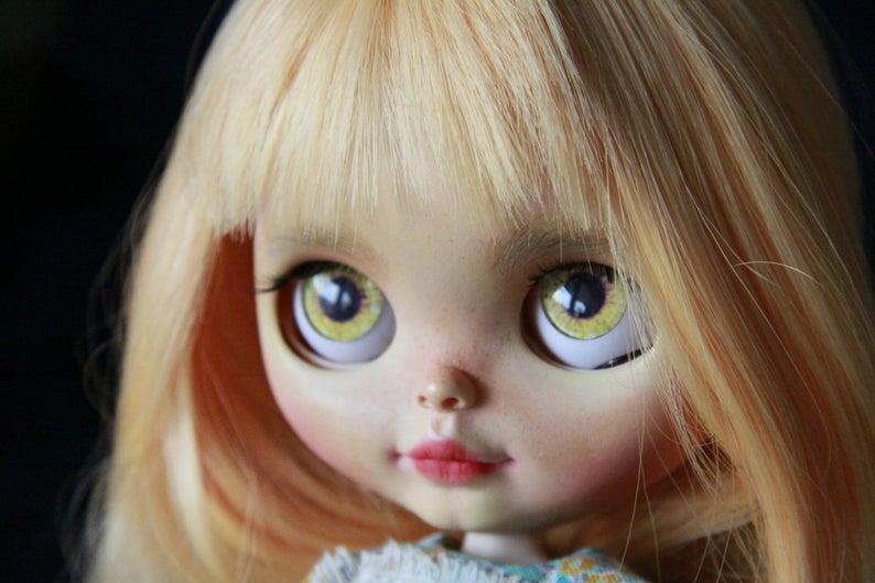 Rosalinda - Custom Blythe Doll One-Of-A-Kind OOAK Custom Blythe Doll ⭐