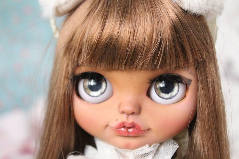 Scarlett - Dolly Custom Doll One-Of-A-Kind OOAK Custom Blythe Doll ⭐