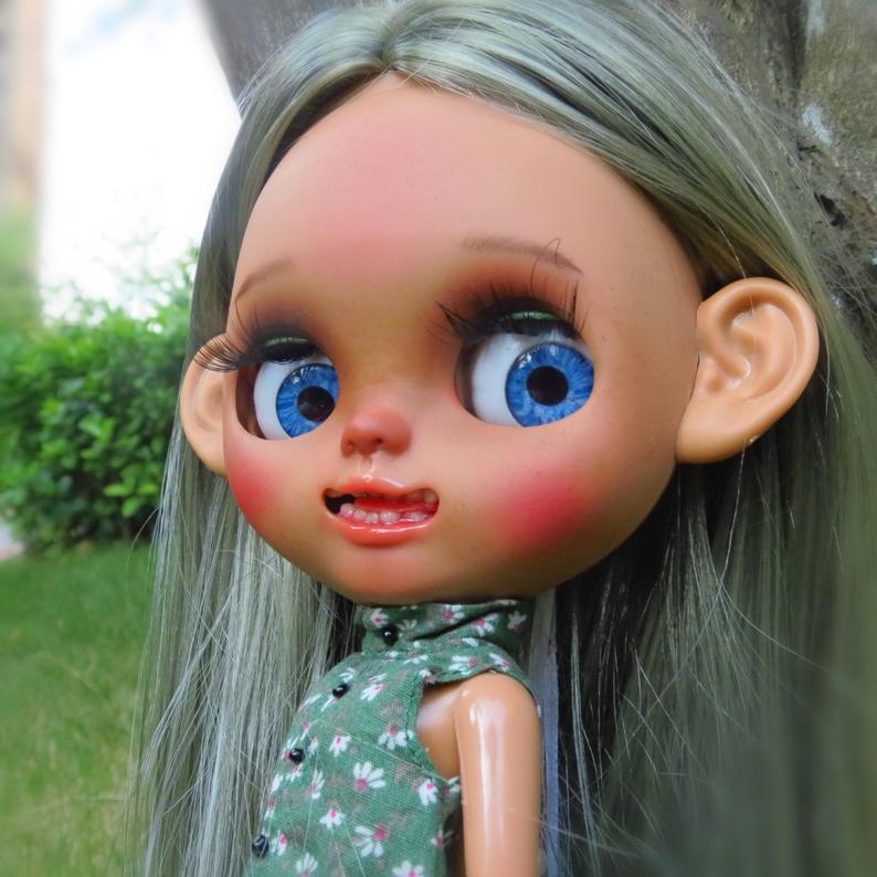 Ariana - Custom Blythe Doll One-Of-A-Kind OOAK Custom Blythe Doll ⭐