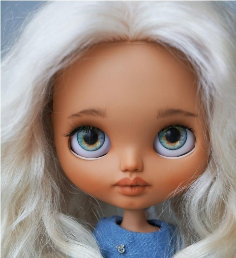 Clara - Custom Blythe Doll One-of-A-Kind OOAK Utsolgt Custom Blythes