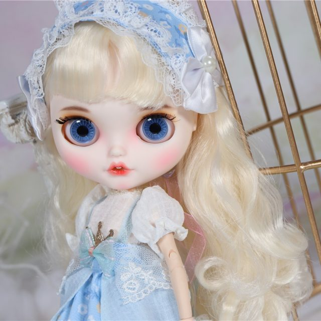 Jessica - Premium Custom Blythe Doll with Clothes Smiling Face دمى بليث المميزة Premium وجه مبتسم
