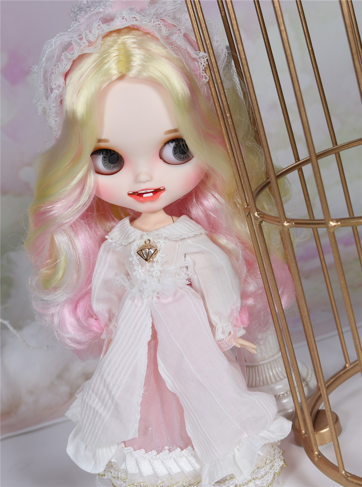 Gabrielle – Premium Custom Blythe Doll with Clothes Smiling Face Premium Blythe Dolls 🆕 Smiling Face