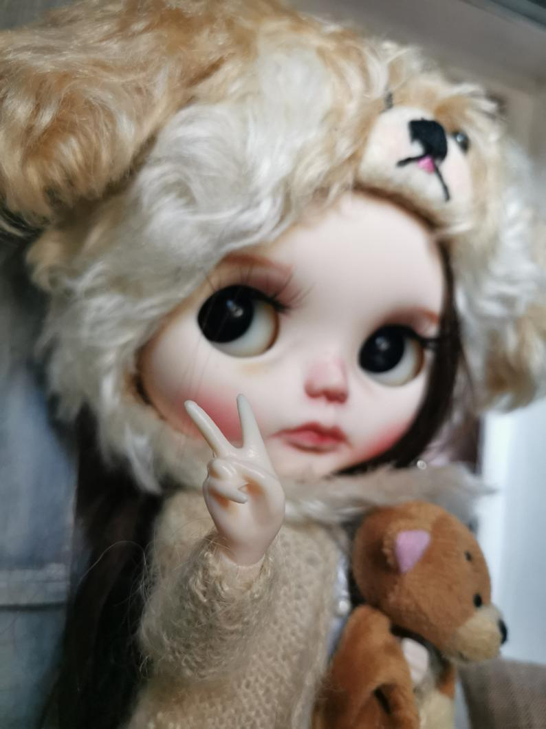 Ayli – Custom Blythe Doll One-Of-A-Kind OOAK Sold-out Custom Blythes